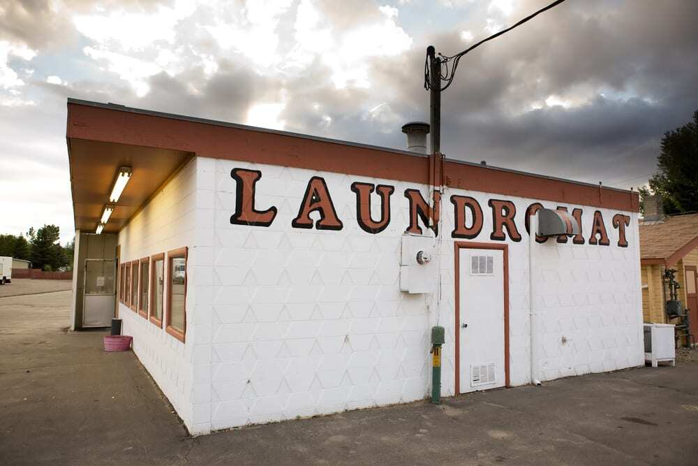 An Old Laundromat, an Example of a Complex Site